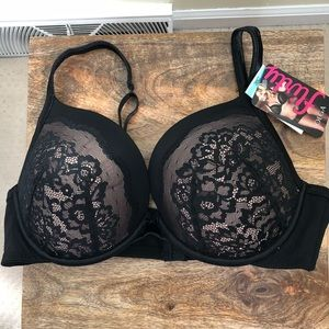 7aabc0d0c4 Olga Intimates   Sleepwear - Olga flirty deep plunge lace lift black 38C bra .